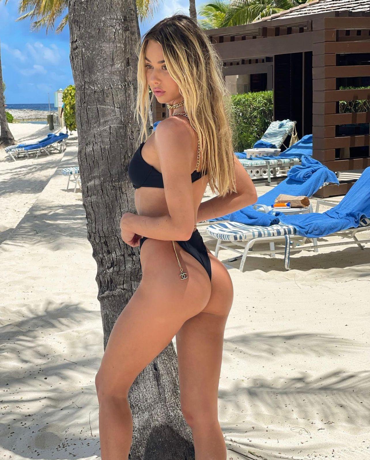 AMANDA-VIDAL-13 Amanda Vidal